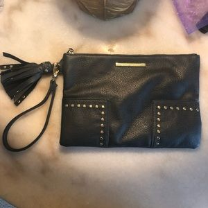 Steve Madden grey leather wristlet with gold